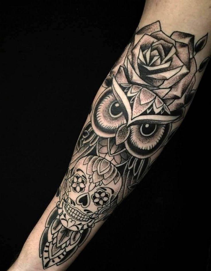 tattoo-unterarm-mann-eule-totenkopf