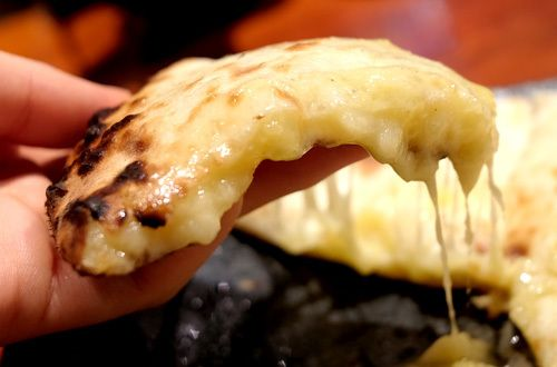 チーズナンチーズクルチャが食べられる東京のインド料理屋はここ