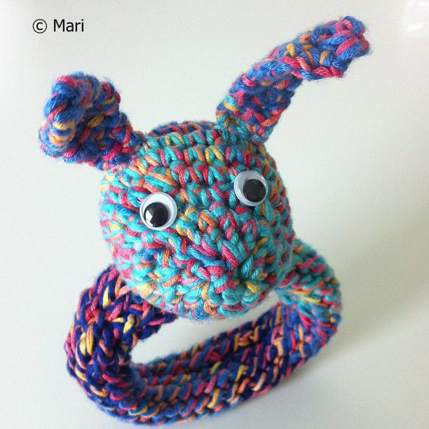 Virkattu helistin / Crochet baby rattle