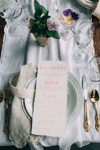 Table decor: http://www.stylemepretty.com/2015/06/26/modern-romantic-spring-wedding-inspiration/ | Photography: Emily Delamater - http://emilydelamater.com/