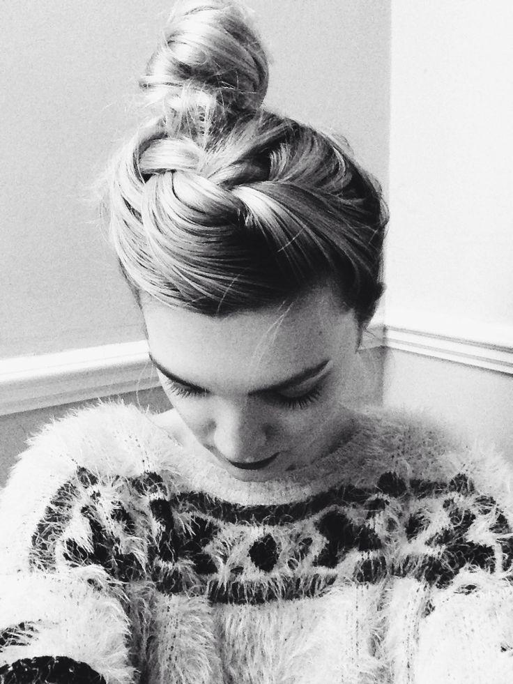 Up do #hair #updo #blonde