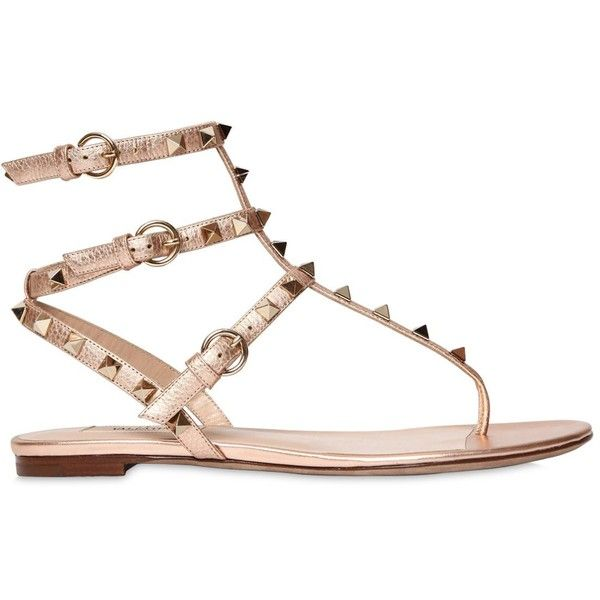 Valentino Women 10mm Rockstud Metallic Leather Sandals (855 PAB) ❤ liked on Polyvore featuring shoes, sandals, rose gold, flats sandals, leather sole shoes, valentino sandals, leather sole sandals and leather flat shoes