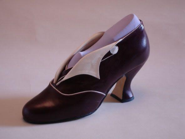 Reproduction Edwardian shoes Falbalas 140 rue des Rosiers à Saint Ouen (Marché Dauphine) Email: edefligue@gmail.com  Website:  www.falbalas.puces.free.fr