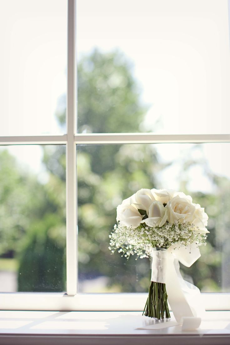 Ivory roses with gypsophila collar - Romantic wedding flowers made by Amy's Flowers