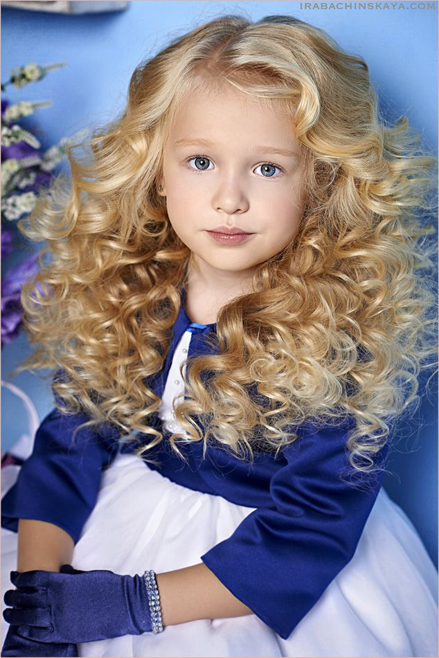 Photo by Ira Bachinskaya. Stylist Anastasia Loginova. Model - Angelina.