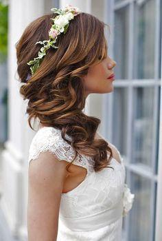 40 Gorgeous Side Swept Wedding Hairstyles | HappyWedd.com #PinoftheDay #gorgeous…