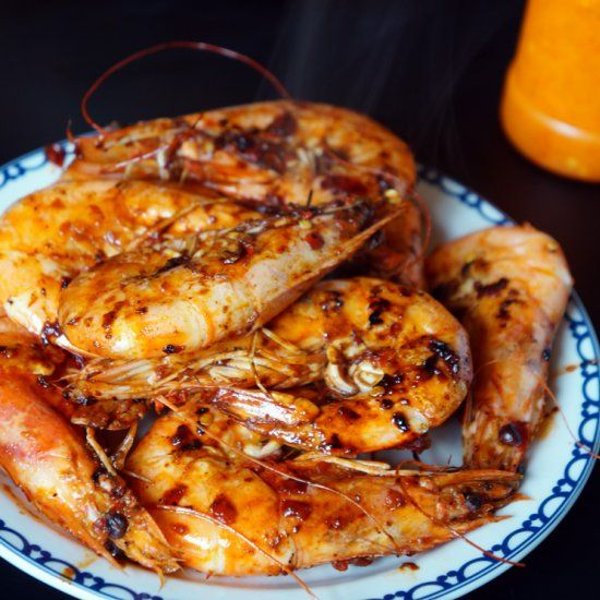 These Peri Peri prawns are a delicious Southern African dish.