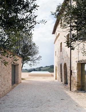 simplypi:    Le Marche Villa in Treia, Le Marche, Italy