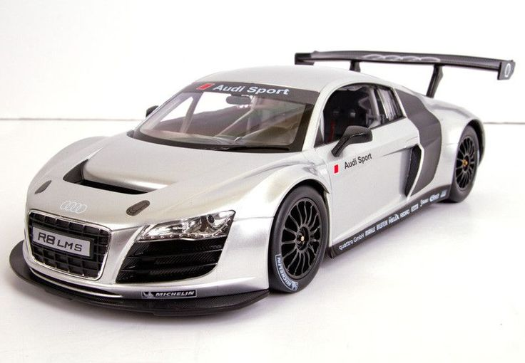 Audi R8 LMS Silver- RASTARAdjustable Front Wheel AlignmentWorking Headlight and TaillightTrigger Type ControllerDetail Exterior & InteriorGlass Exterior PaintFunctions:-R/C scale: 1:14-Full function r