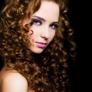 5 Tips atasi rambut keriting - http://tipsmodelrambut.blogspot.com/2013/10/inilah-5-tips-atasi-rambut-keriting.html
