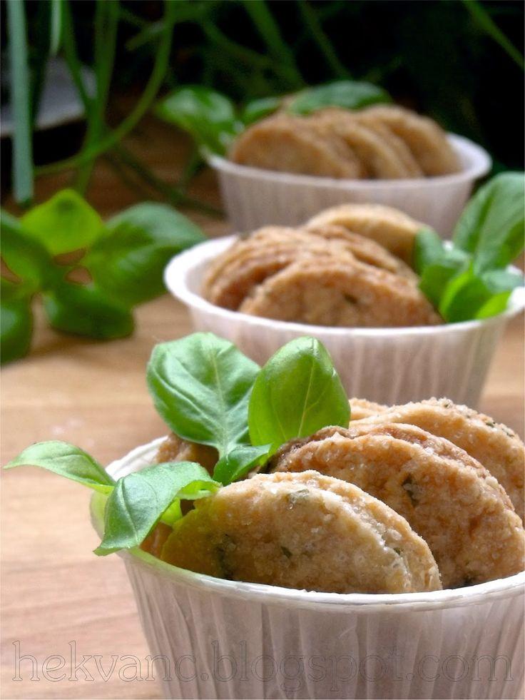 hekvanc: Nyári ropogtatnivaló - citromos-bazsalikomos keksz