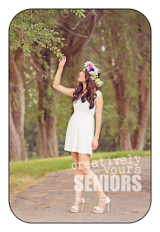 Gorgeous Senior Portraits in Spokane WA with flower wreath for her hair