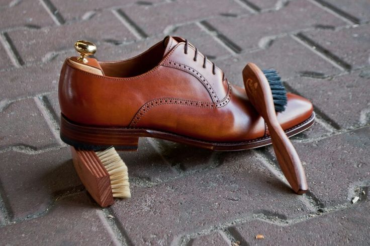 #saphir #brush #szczoteczka #shoecare #shoeshine #yanko #yankoshoes #yankostyle #yankolover #shoe #shoes #shoeslover #shoestagram #shoeporn @patinepl #patine #patinepl #classic #goodyearwelted #luxury #classy #schuhe #dressshoes #butyklasyczne #obuwie #gentleman #gentlemen #shoesformen #multirenowacja