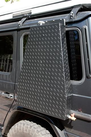 Mercedes G Wagen with Hannibal Impi Roof Tent