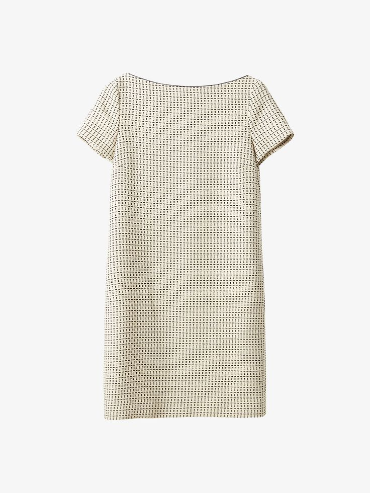 Spring summer 2017 Women´s JACQUARD TEXTURED DRESS at Massimo Dutti for 999. Effortless elegance!