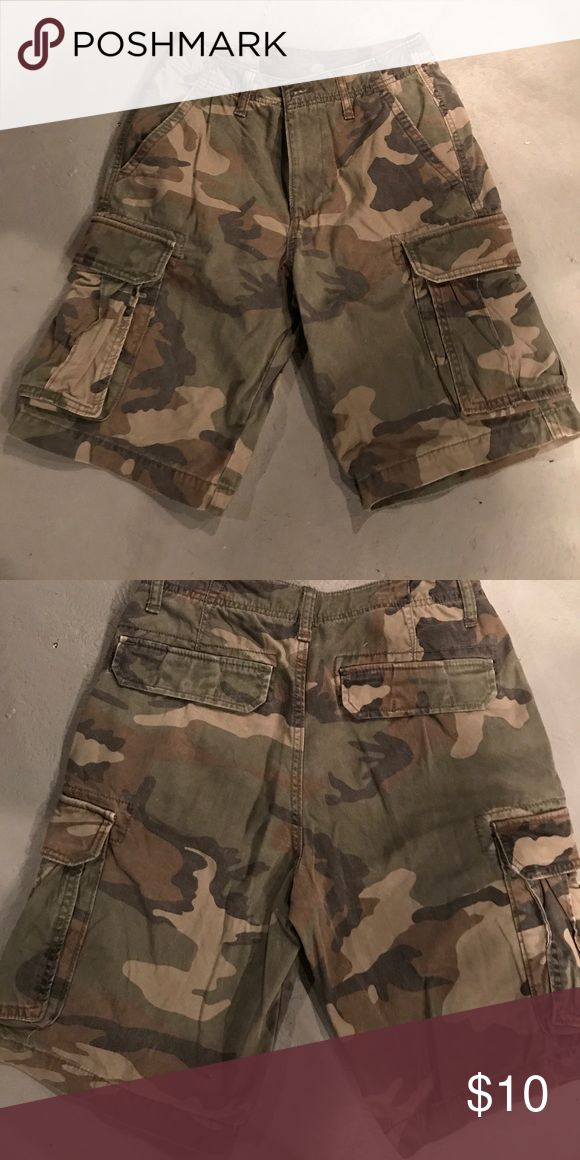 Old navy camouflage shorts Old navy camouflage shorts new without tags Old Navy Shorts Cargo