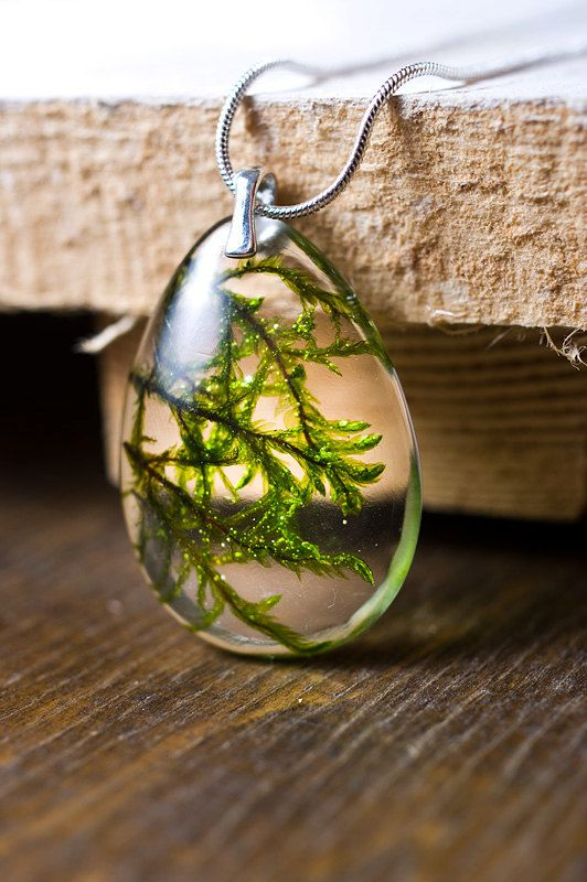 Real moss resin pendant Sterling silver necklace b…