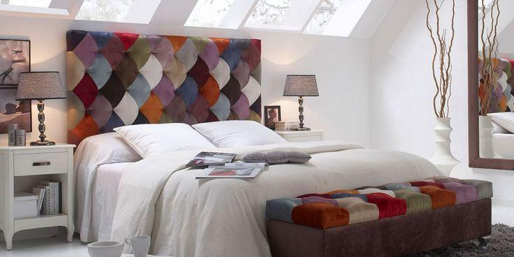 Cabecero VINTAGE | Canapi Cabecero realizado al más puro estilo patchwork, con pequeñas piezas de terciopelo de colores, consiguiendo un trabajo artesanal con un resultado impactante y colorido.