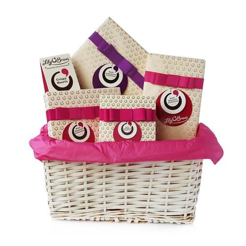 "Lily O'Brien's Valentine Chocolate Gift Basket to Treat - Free Irl & UK Delivery - the perfect treat to say ""I love you"" this Valentine's Day!"