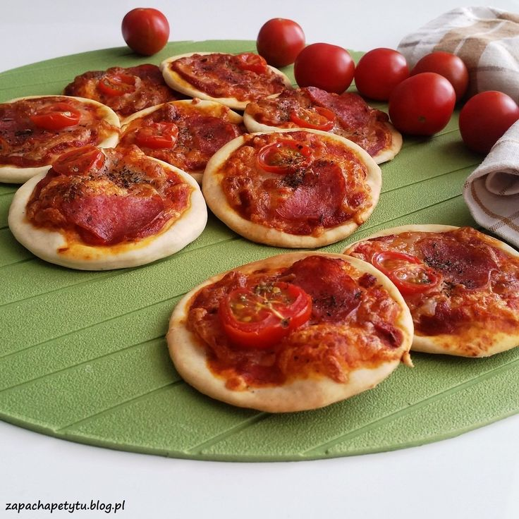 Mini pizzas #zapachapetytu #pizza #fingerfood