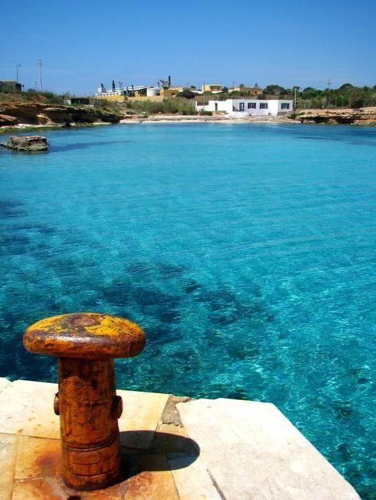 Cala Pisana. Isola di Lampedusa. Sicily.