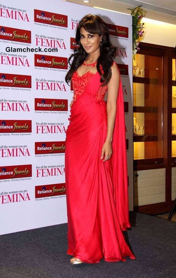 chitrangada in saree gown