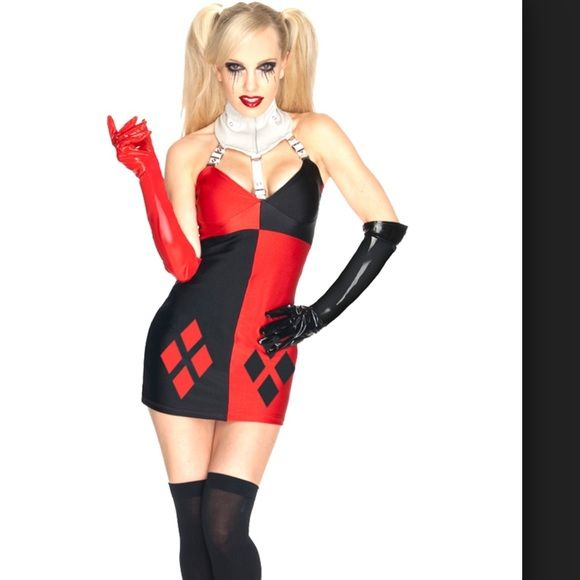Harley Quinn Costume🃏 Harley Quinn Halloween costume!  The gloves ended up being WAY too big so I threw them away and the choker would fit maybe a four year old, it was entirely too small so instead I just pinned the straps to my bra. Wore with half black/half red fishnet pantyhose and one red and one black thigh high and it really pulled it together! Other