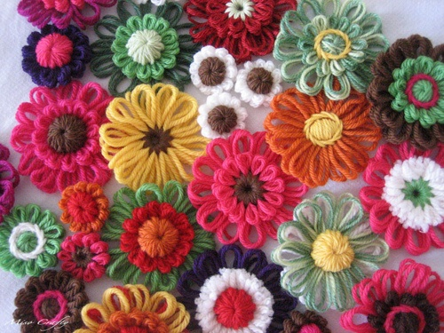 flores de lã feitas em tear!!