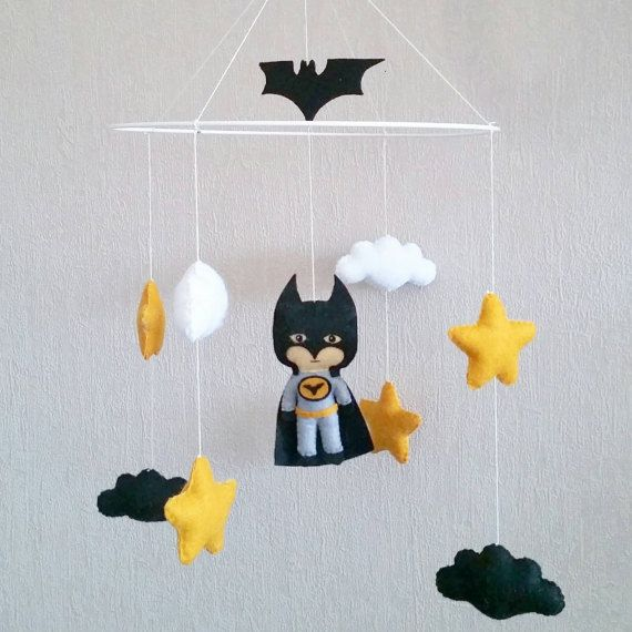 Mobile pour bébé à suspendre : thème Batman
