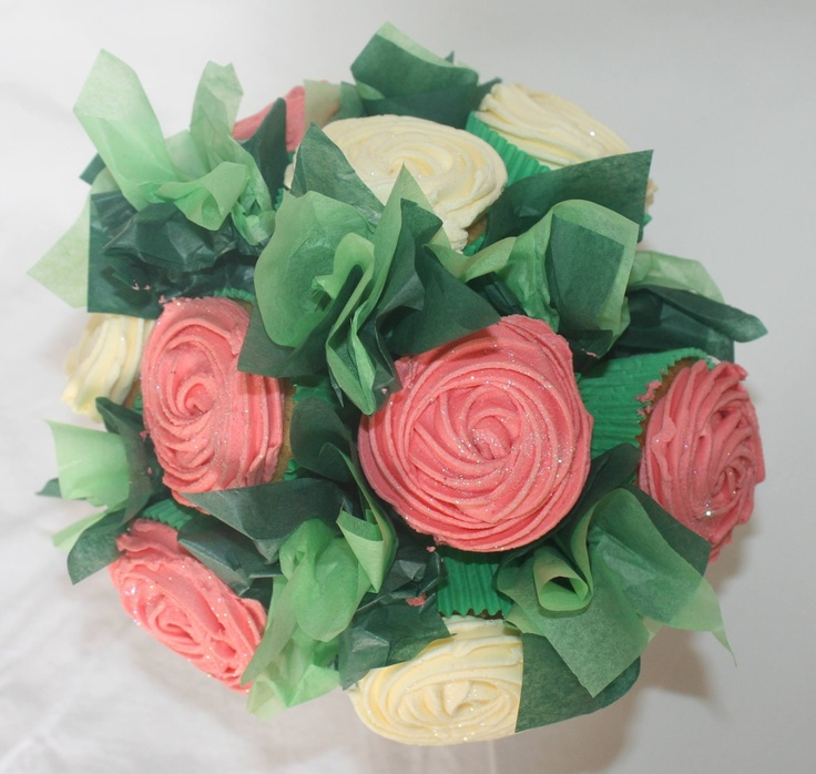 Pink and cream cupcake bouquet