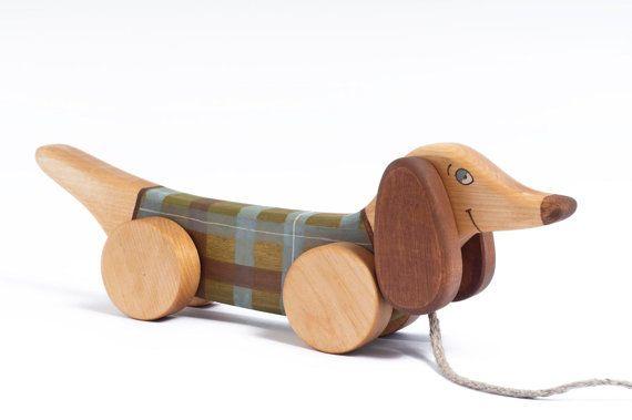 Kids Wooden Toy pull along toy Green Dog von FriendlyToys auf Etsy, €25.00