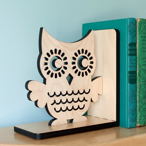 Owl bookend for Maddie's room <--a sign that someone should get me these! ;)