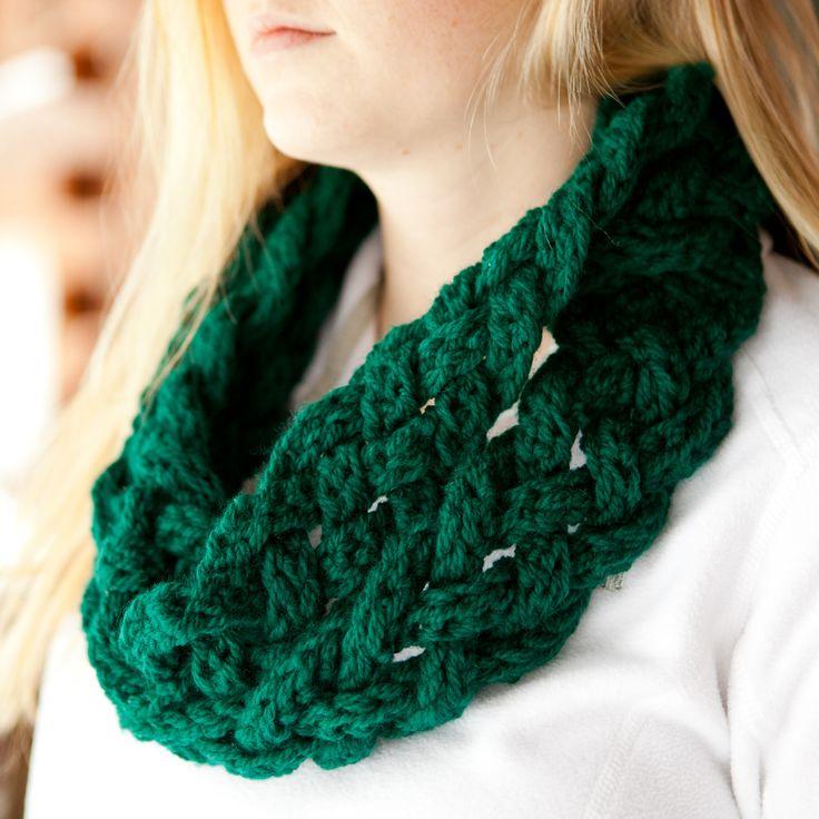 Crochet Rapunzel Infinity Scarf Pattern: http://www ...