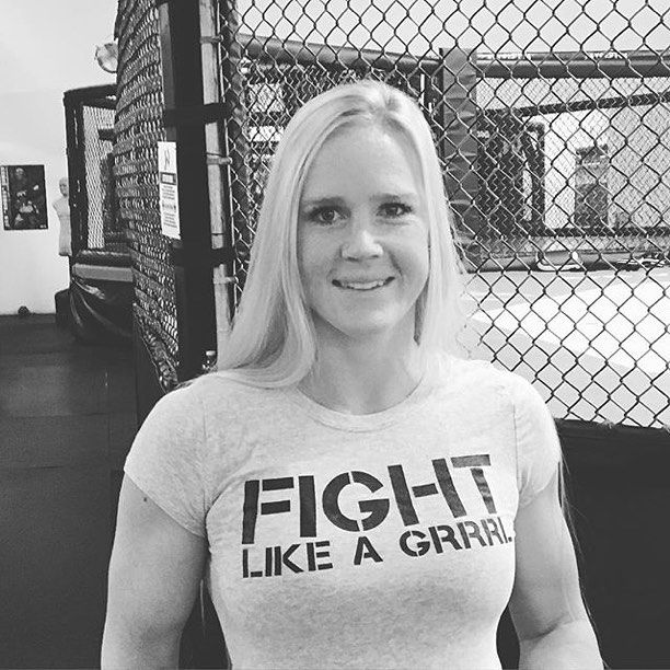 Love this shot of our Grrrl Holly Holm! Such an amazing... Inspirational... Beautiful GRRRL ❤️ #UFC #FemaleFighters #wmma #Champion #WomenInSport #Fitness #Professional #workout #Training #Activewear #HollyHolm