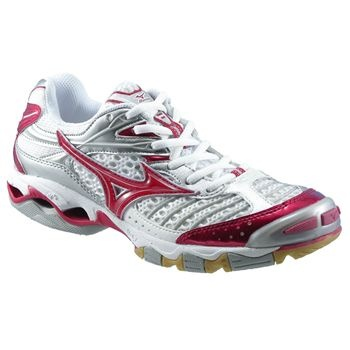 My old volleyball shoes were these....:( I miss u red shoes!! :P