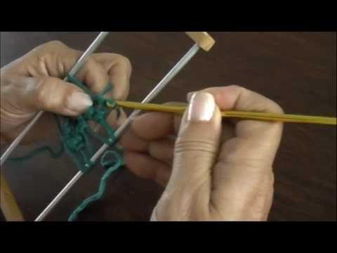Horquilla: variaciones al tejer las tiras (Parte 2)   Fork: variations to the weave the strips (part)