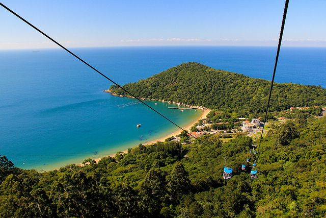 Praia de Laranjeiras, Balneário Camboriú – Santa Catarina