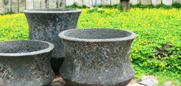 Atlantis pots come in a variety of shapes and sizes.