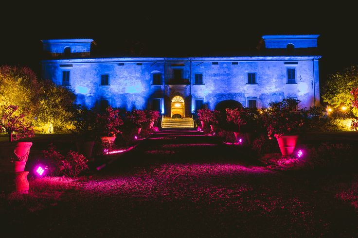 Kicking off the 2017 event season in style at Villa Medicea di Lilliano Wine Estate as we hosted an event spectacular for clients, colleagues and friends #BrilliantGalaNight