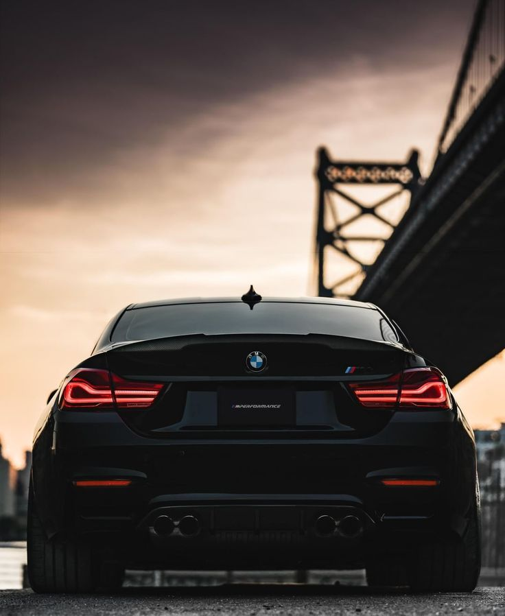 Bmw F82 M4 Wettbewerbspaket In Black Sapphire Metallic Shadow M4 Lee Haire Nevertellme Com In 2020 Bmw M4 Coupe Bmw M4 M4 Coupe
