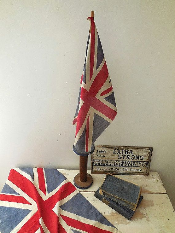 Check out this item in my Etsy shop https://www.etsy.com/uk/listing/490950371/lovely-little-vintage-union-jack-flag-on