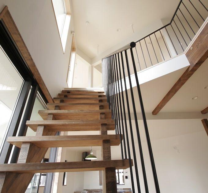 階段にはどんな種類がある 知っておきたい階段の4つの形 模様替え