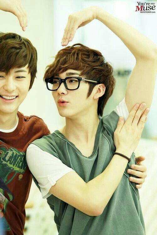 hwang minhyun x kwak youngmin