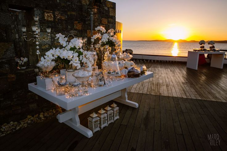 Ultra Marine Chic Wedding !!! Welcome dessert table, sea view, deck, white flowers composition, by De Plan V