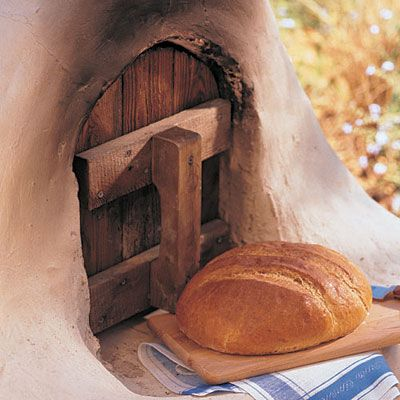 Use these step-by-step instructions to build a rustic outdoor adobe oven