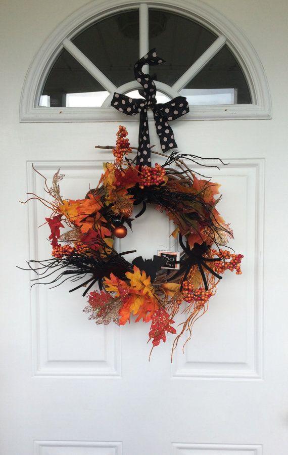 De kroon van de Halloween herfst krans Trick or door ThepoppycoShop