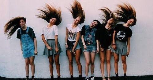 Οδηγός επιβίωσης για την εφηβεία: Οι 9 απλές συμβουλές που θα χρειαστεί κάθε 15χρονη έφηβη