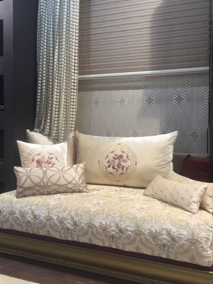 Salon marocain blanc cassé chic - Amenda decor