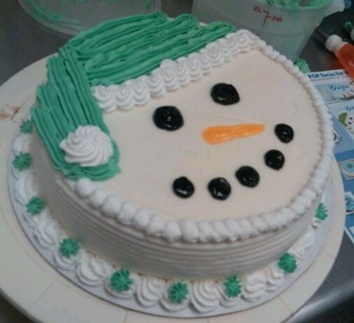 Snowman ice cream cake I made at Dairy Queen!