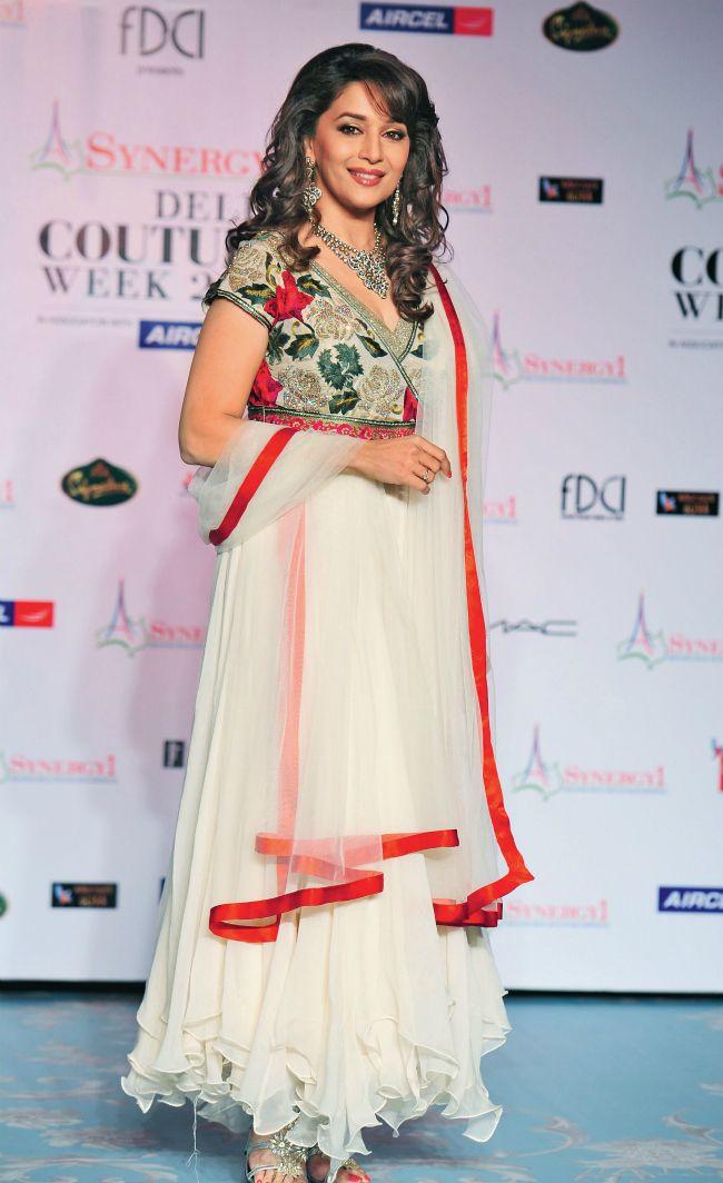 Madhuri Dixit #Bollywood #Fashion